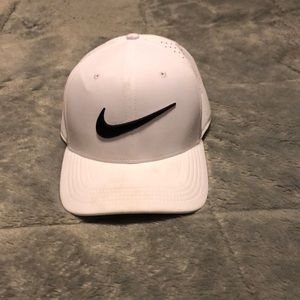 White Nike Classic Dri-Fit Golf Hat